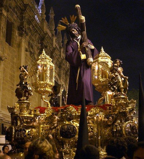 Sevilla, la Semana Santa más tradicional