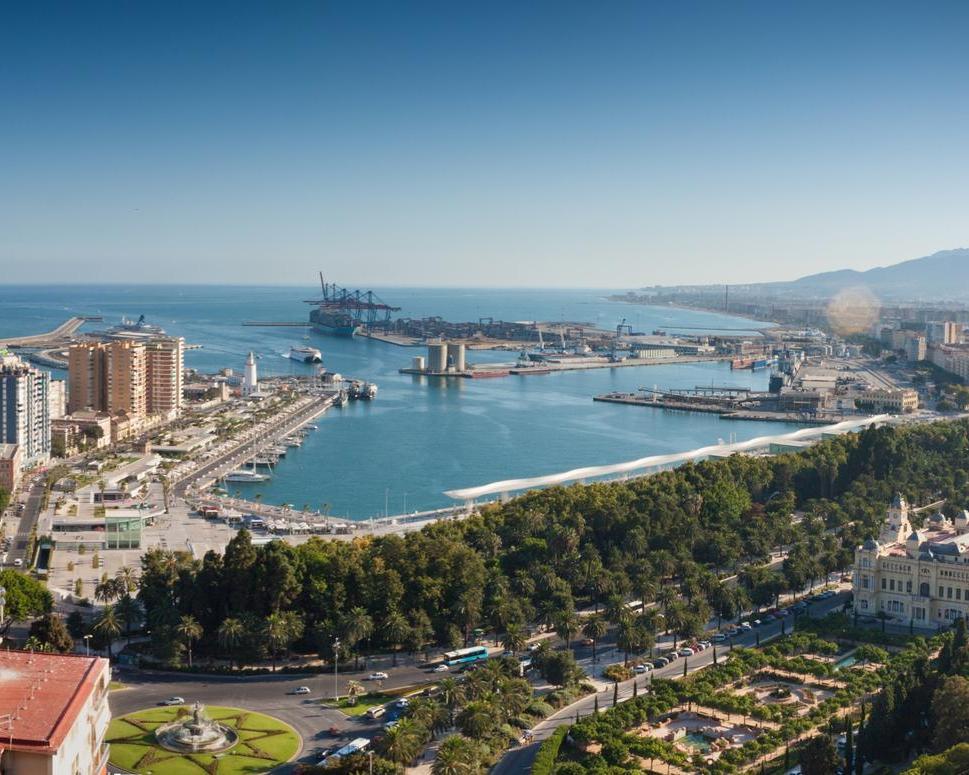 Disfruta del verano en Málaga desde Vitoria