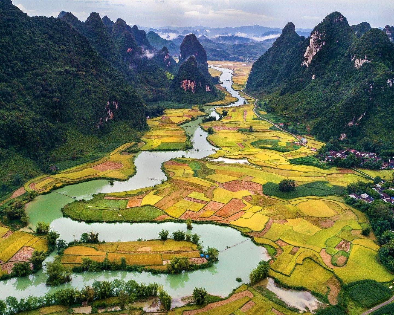 Vietnam, Tierras Magicas
