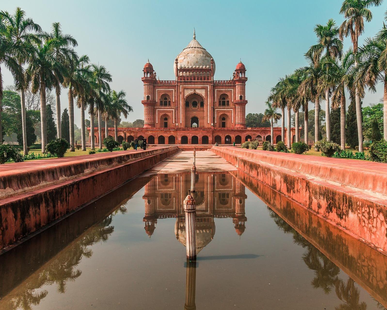 Viaja a Nueva Delhi